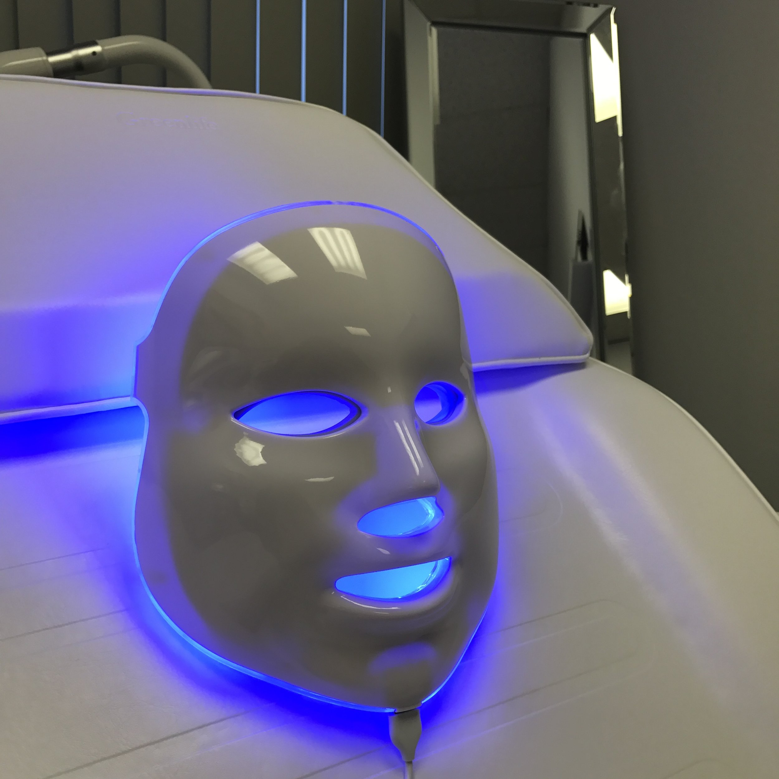 led light therapy facial halifax ns moncton nb