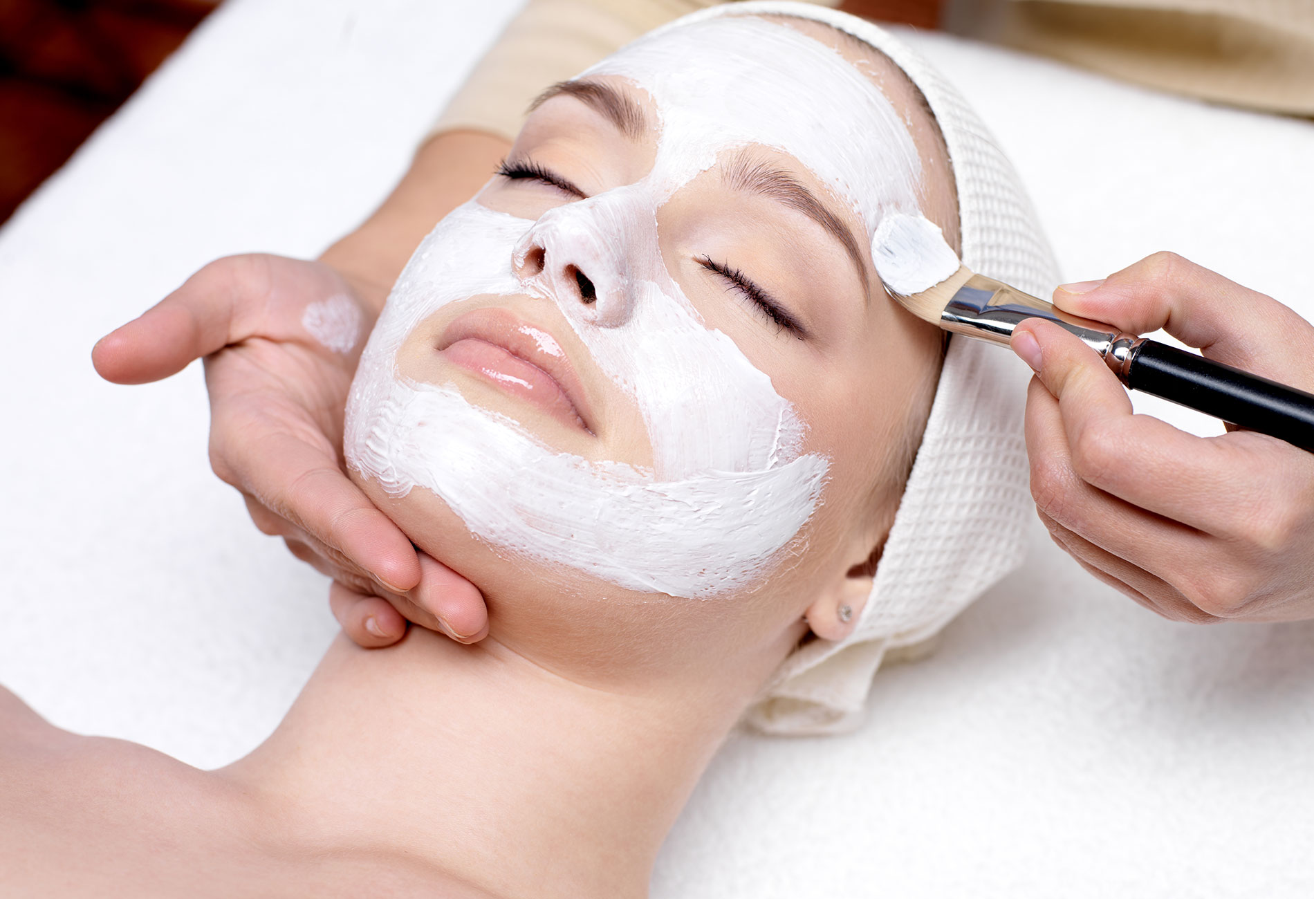 Skincare Treatments - Facial Treatment MenuExpress / Deluxe FacialsAnti Aging Facial Treatment*NEW* Chemical PeelMicrodermabrasionLED Light Therapy*NEW* DermaplaningWaxing Treatments