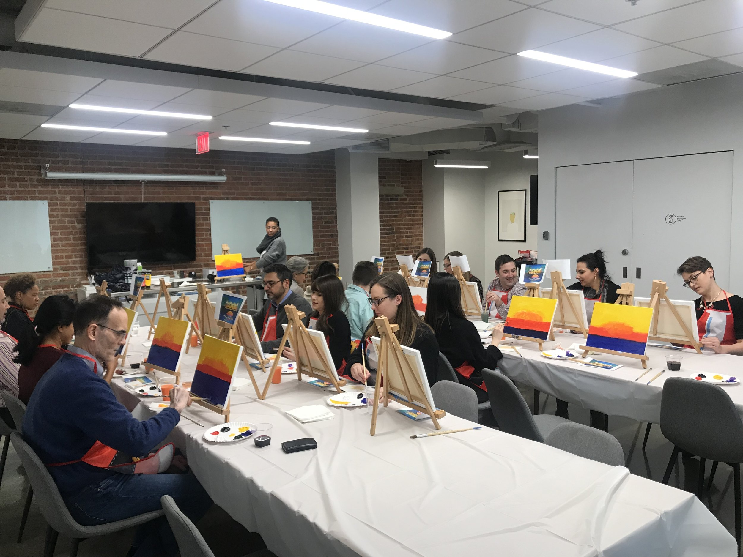 Sip & Paint - Instructor