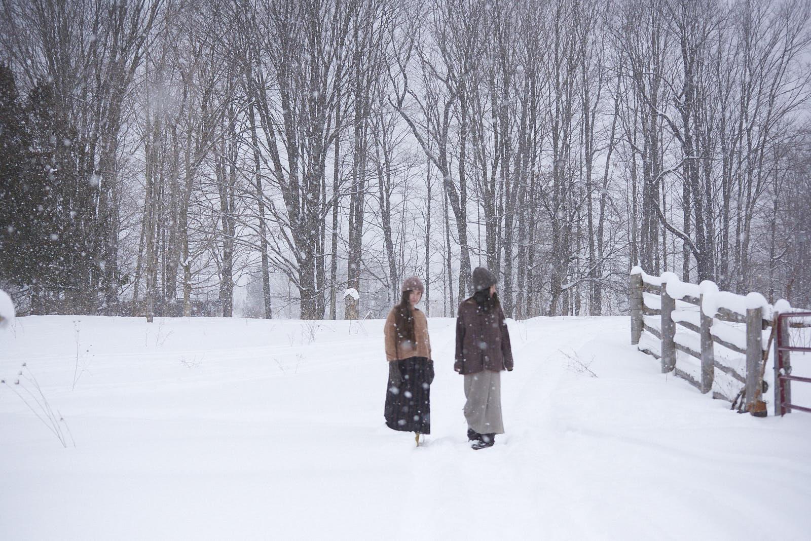 models Kiyomi & Sachiko braving the cold!