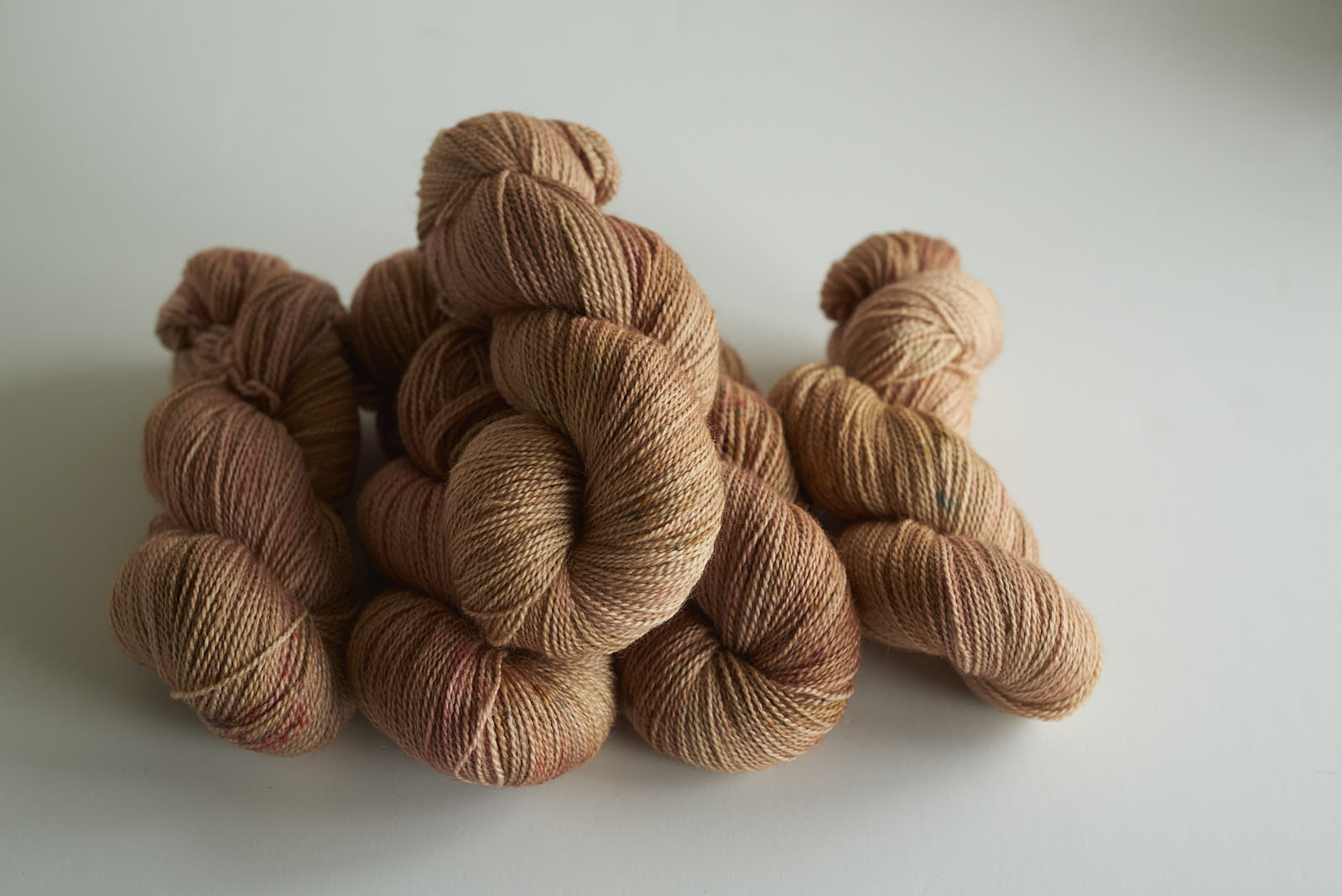 Rose Gold Dust - BFL 4 ply