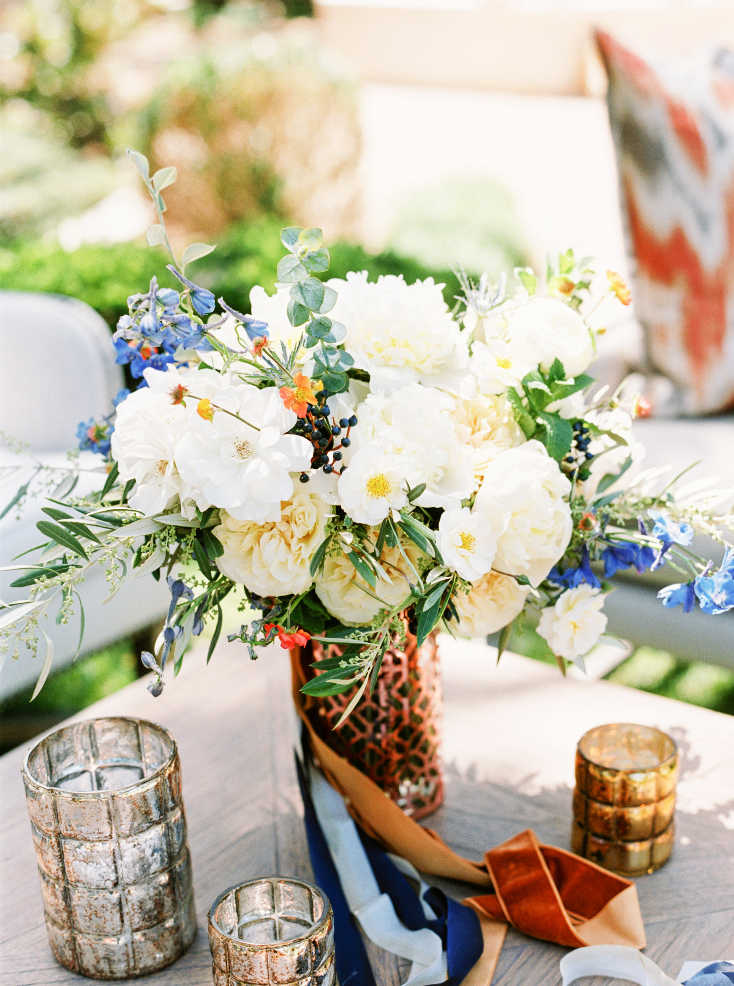 Petal Atelier Floral-Blue and Ivory Wedding Inspiration-Emily March Payne Photography
