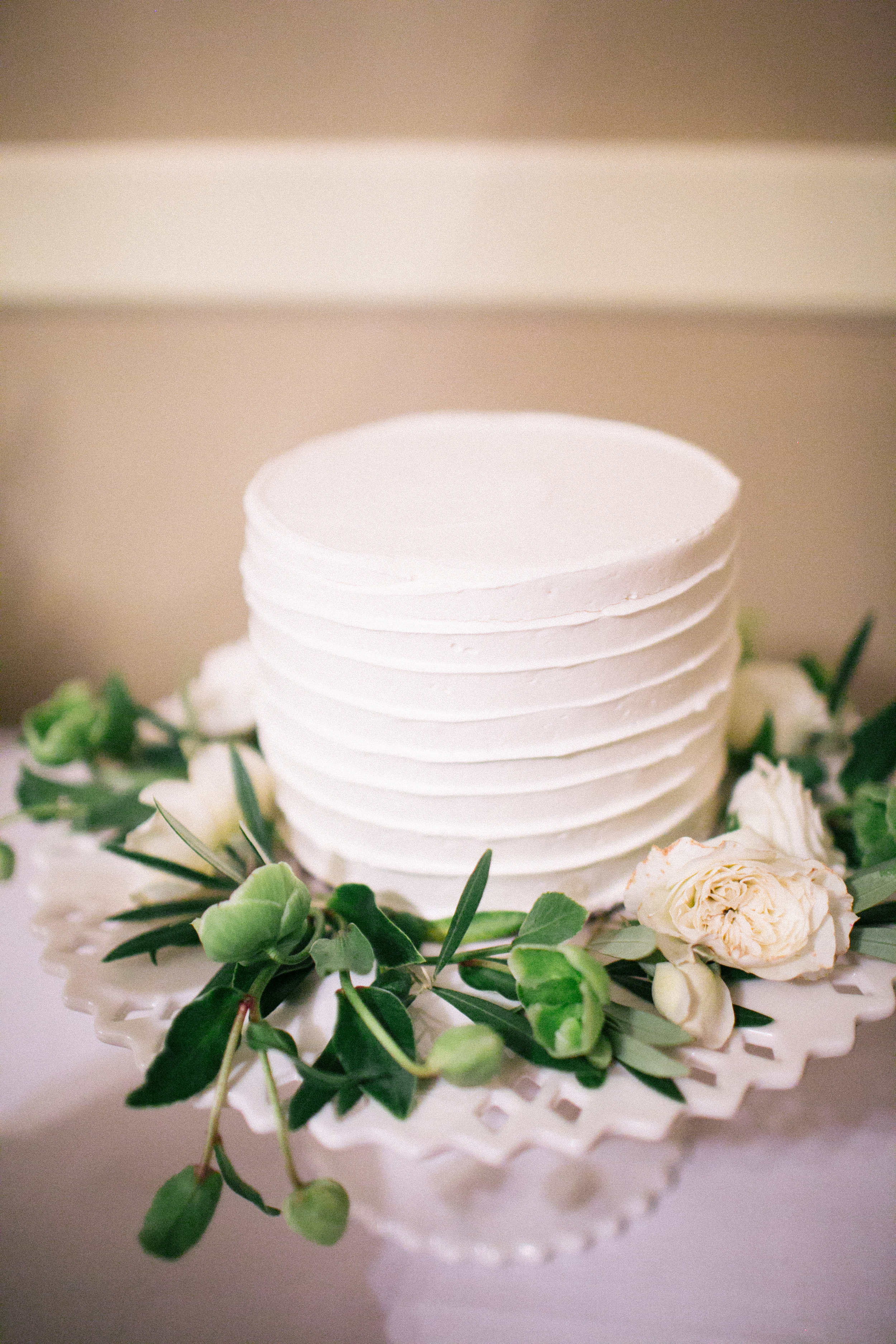 Single Tier Wedding Cake with Hellebores and lush white blooms - Cake Bloom, Sonoma