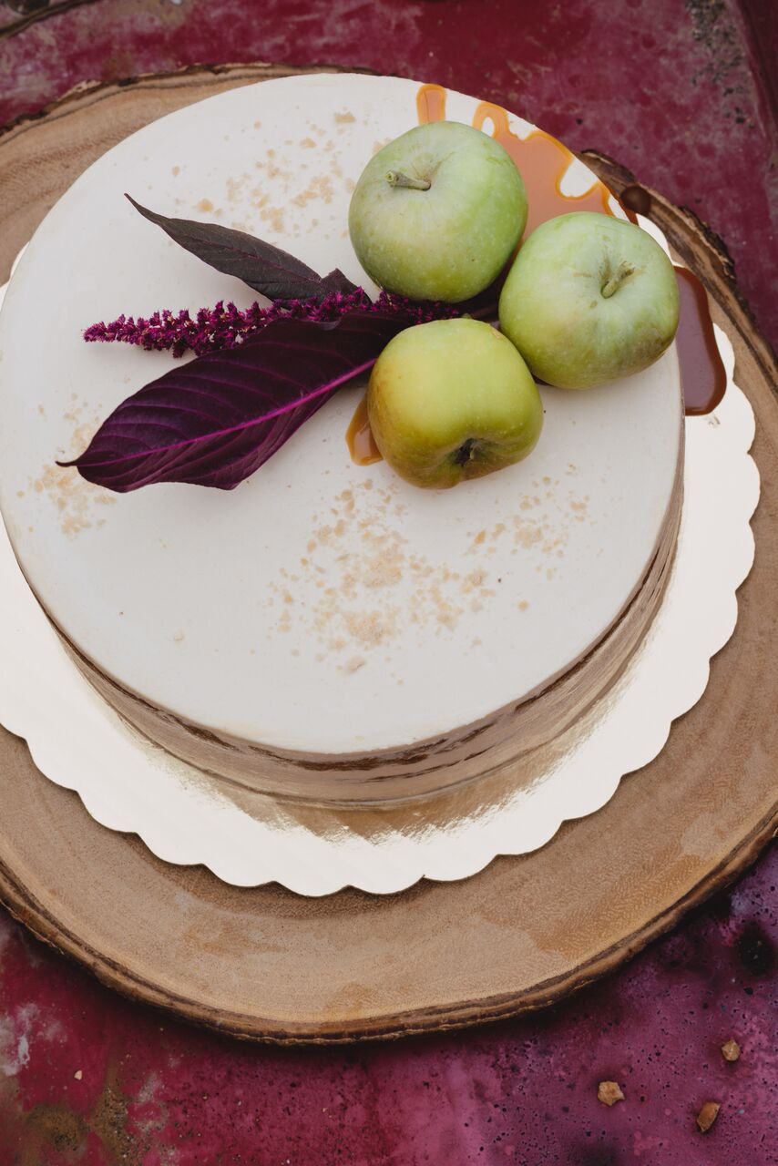 Honeycrisp Apple cake with Maple Sugar and Candy Cap Cream Cheese Frosting_photo by Rebecca Gosselin