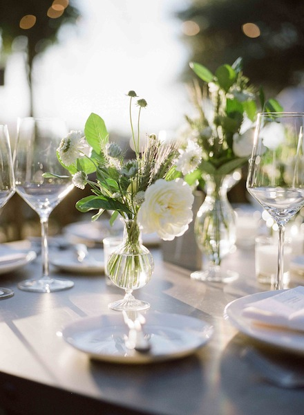 Elegant Napa wedding florals by Scarlett and Grace| planning by Napa Valley Celebrations | Meg Smith Photography