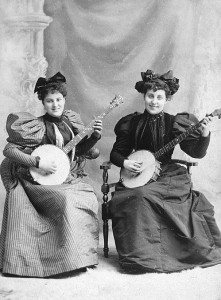 lady-banjo-players-c-1900-221x300.jpg