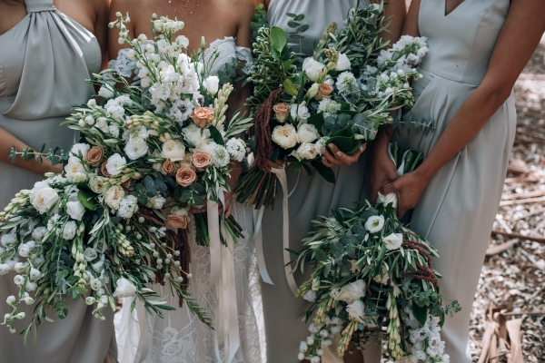 029-elegant-wedding-at-wills-domain-winery-by-freedom-garvey-warr-600x400.jpg