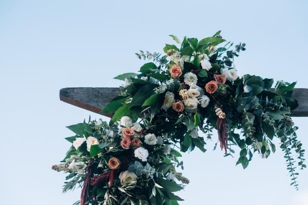 082-elegant-wedding-at-wills-domain-winery-by-freedom-garvey-warr-600x400.jpg