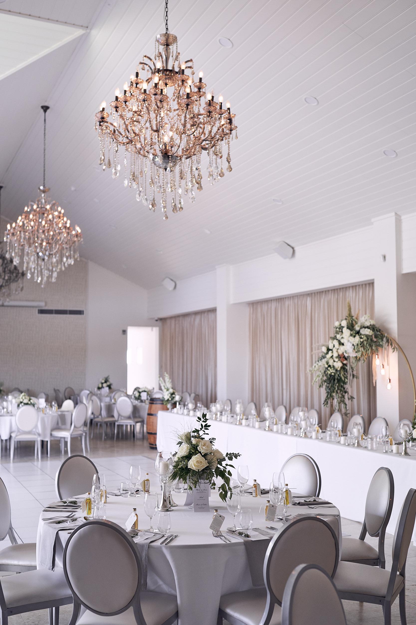 LR_JandA-aravina-wedding-LostInLove 351.jpg