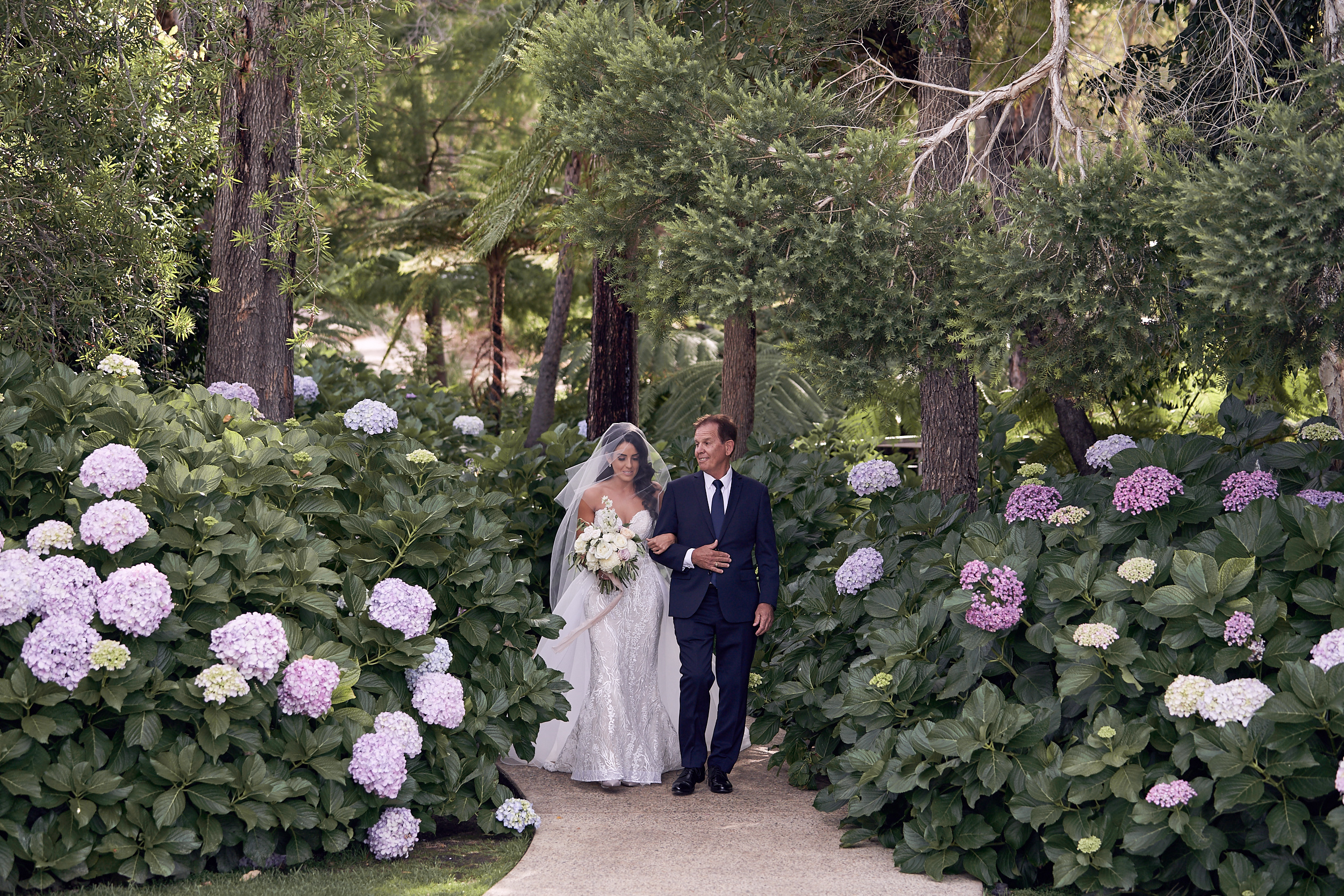 LR_JandA-aravina-wedding-LostInLove 437.jpg