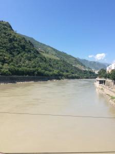 Nujiang River and Xiangyang Bridge.