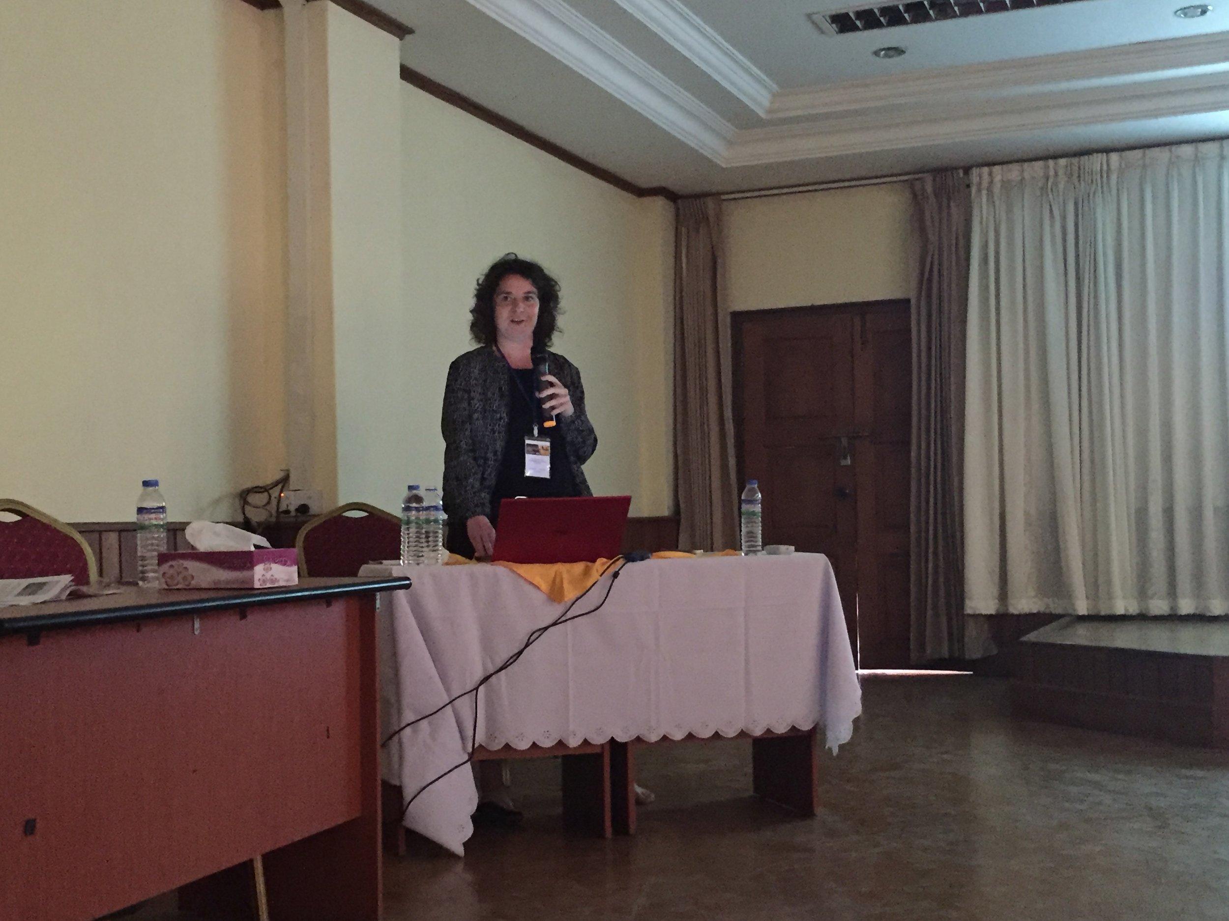 Joanna Göetz presenting
