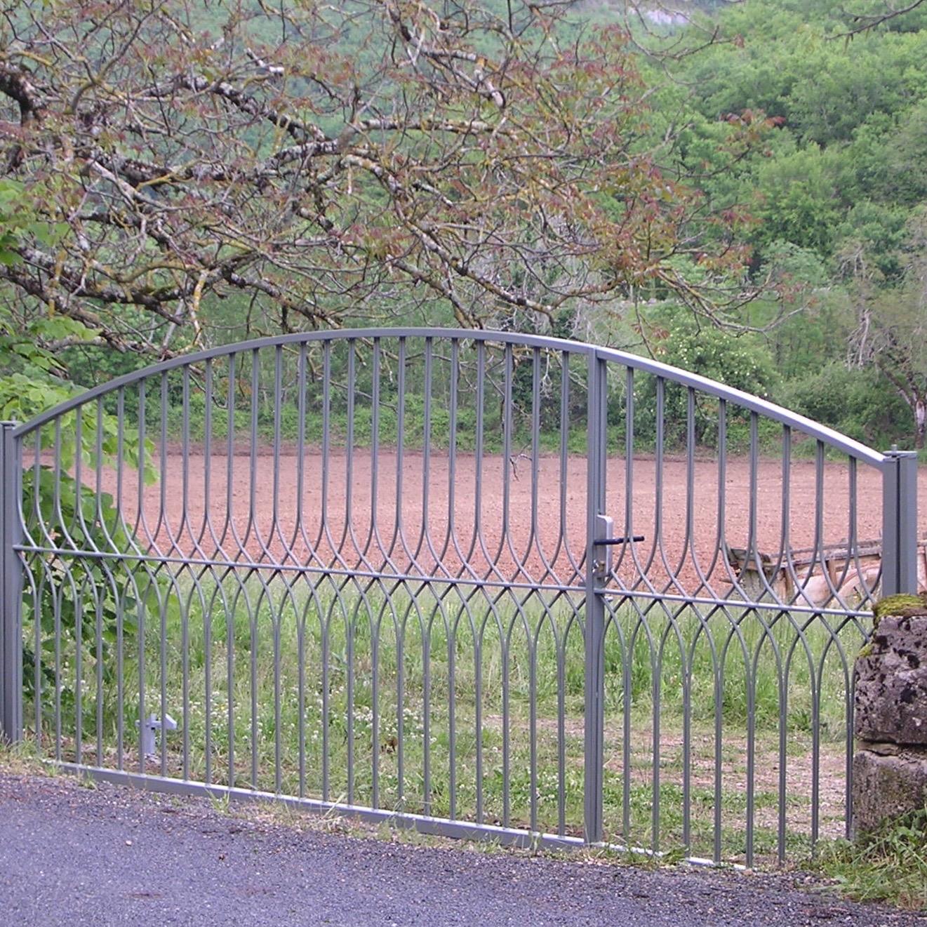 Arch Design Asymmetric Gates