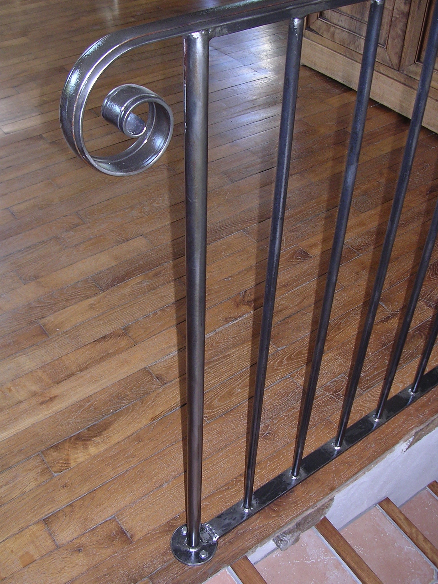 Handrail Profile, Indoor