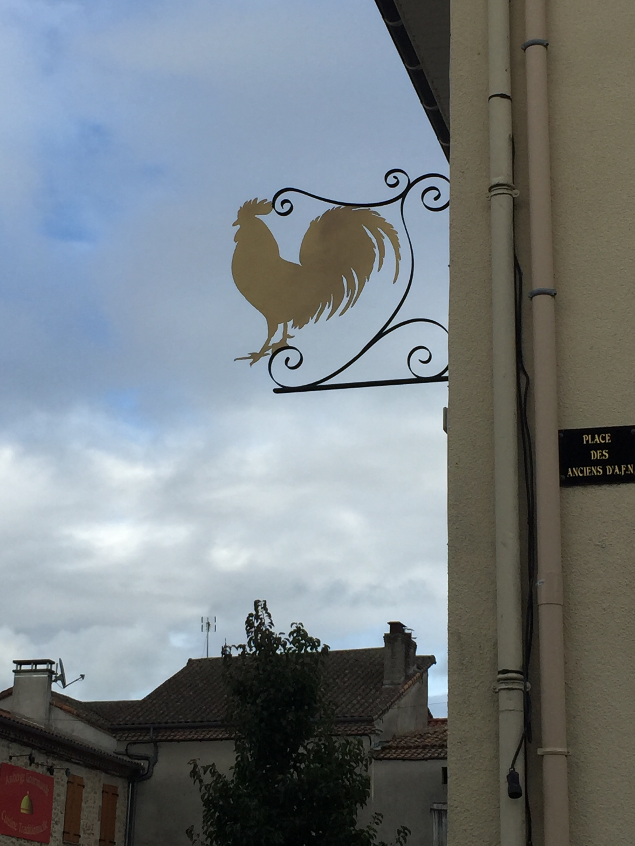 Here it is in situ. Café/bar 'Le Coq'! Don't think you will miss it!