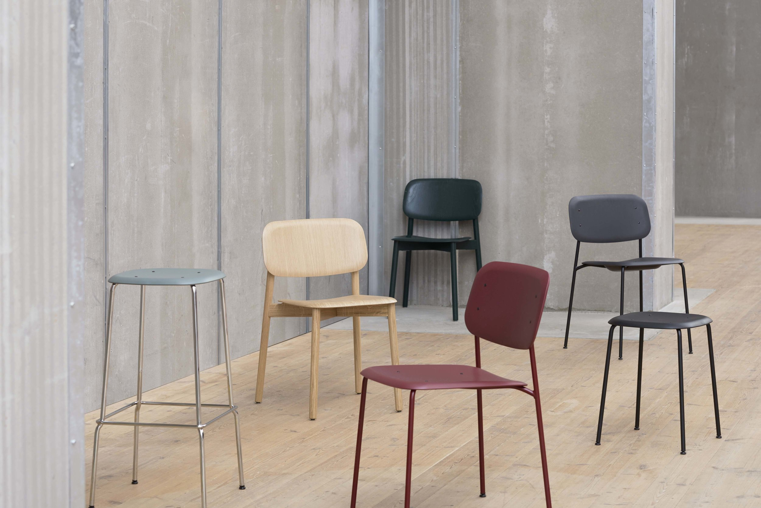 Soft Edge Collection_Soft Edge Bar stool P30, Soft Edge 1_Overview.jpg