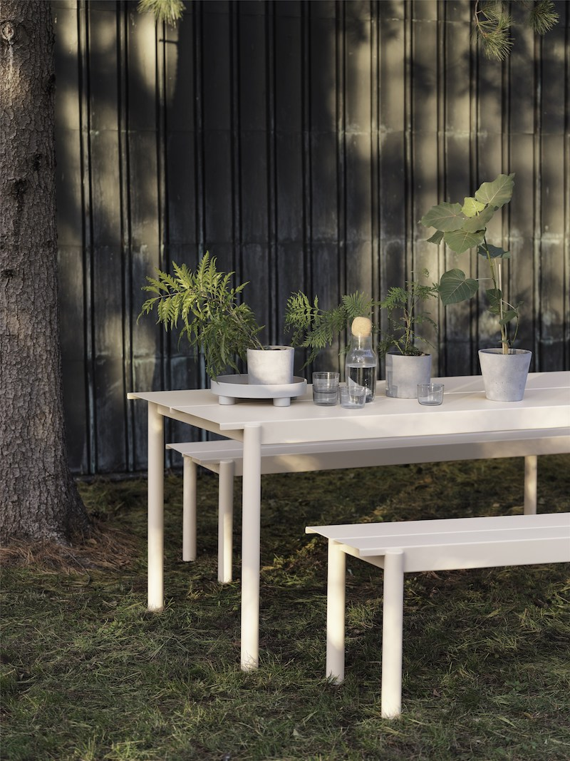 Linear-Steel-Table-Bench-Off-White-Platform-Corky-Muuto-Org_(150).jpg