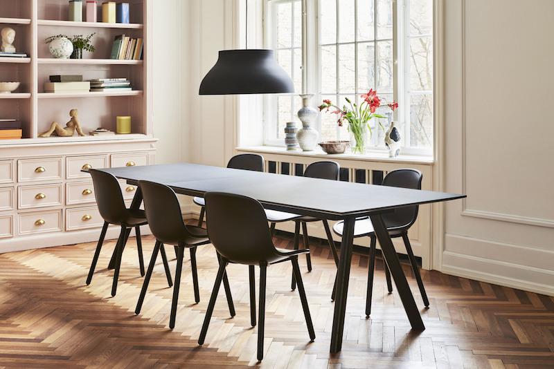 CPH30 Table Extendable black linoleum_Neu12 soft black_PC Pendant Lamp black.jpg