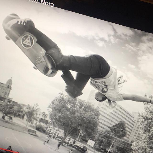 Mäktig film om mäktig skejtare! Missa inte denna rykande färska dokumentär om @noravexplora ligger på youtube #skateboard #skateboarding #bsair
