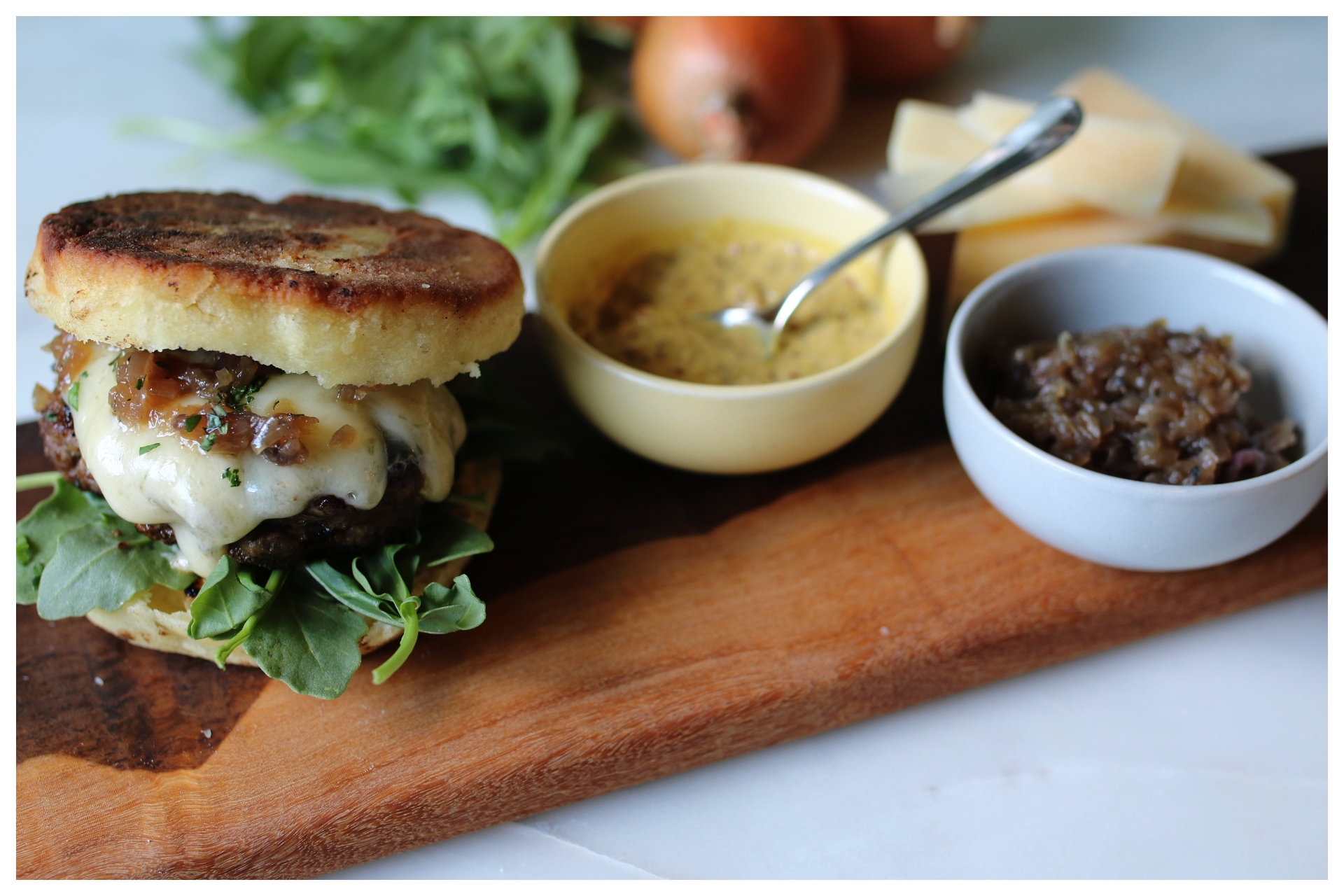 Bison Burgers on Bannock
