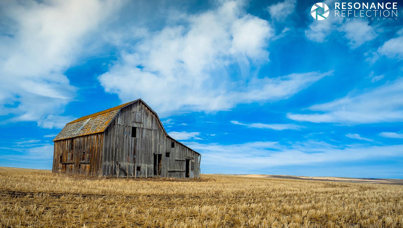 Abandoned Barn in Rural Alberta
