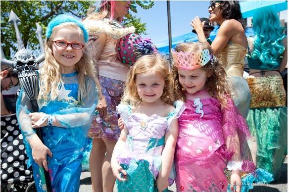 source:http://www.coneyisland.com/programs/mermaid-parade