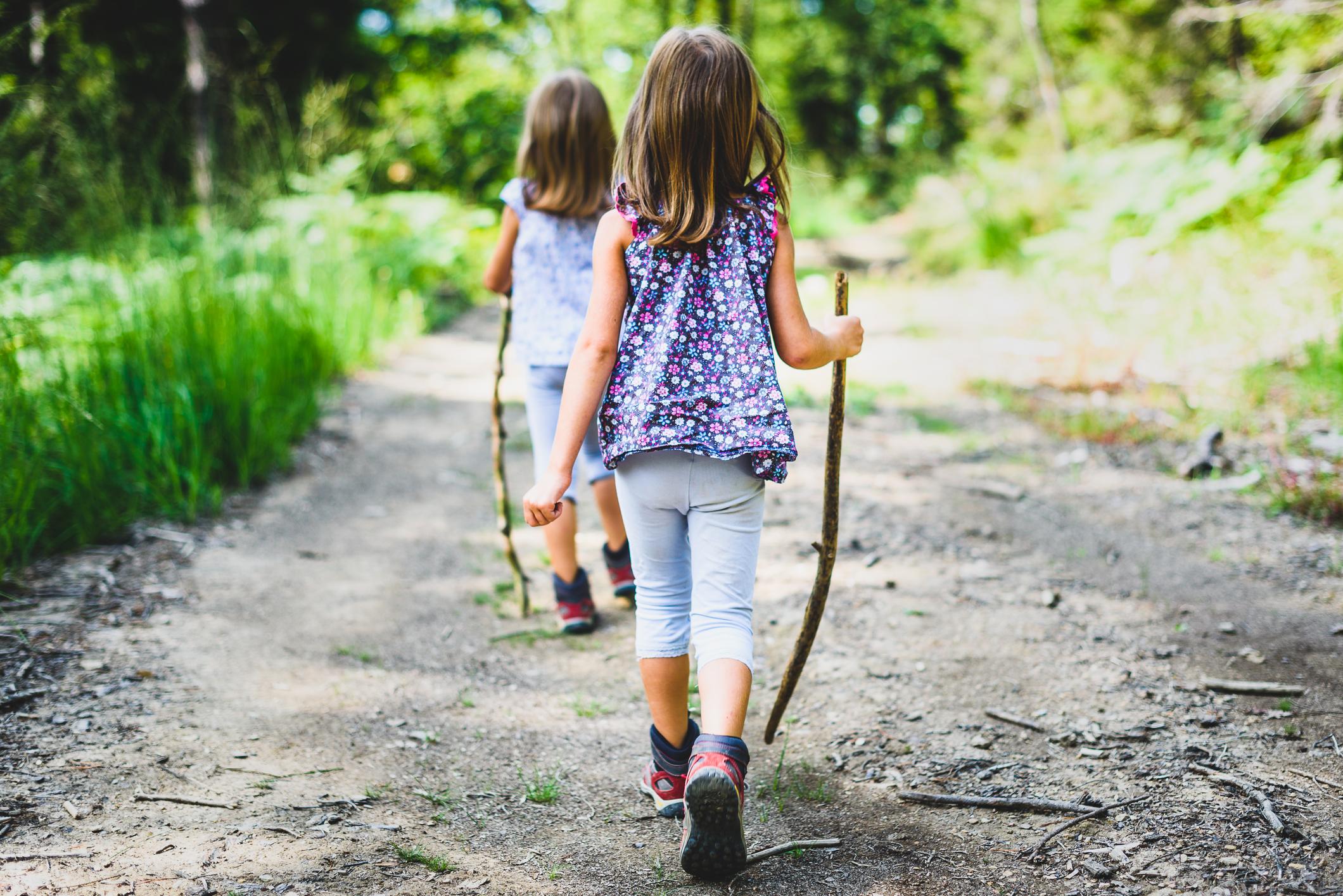 girlshiking.jpg