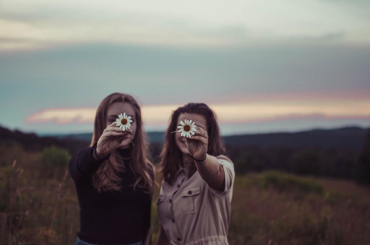 Women's Friendships Summer Podcast .jpg