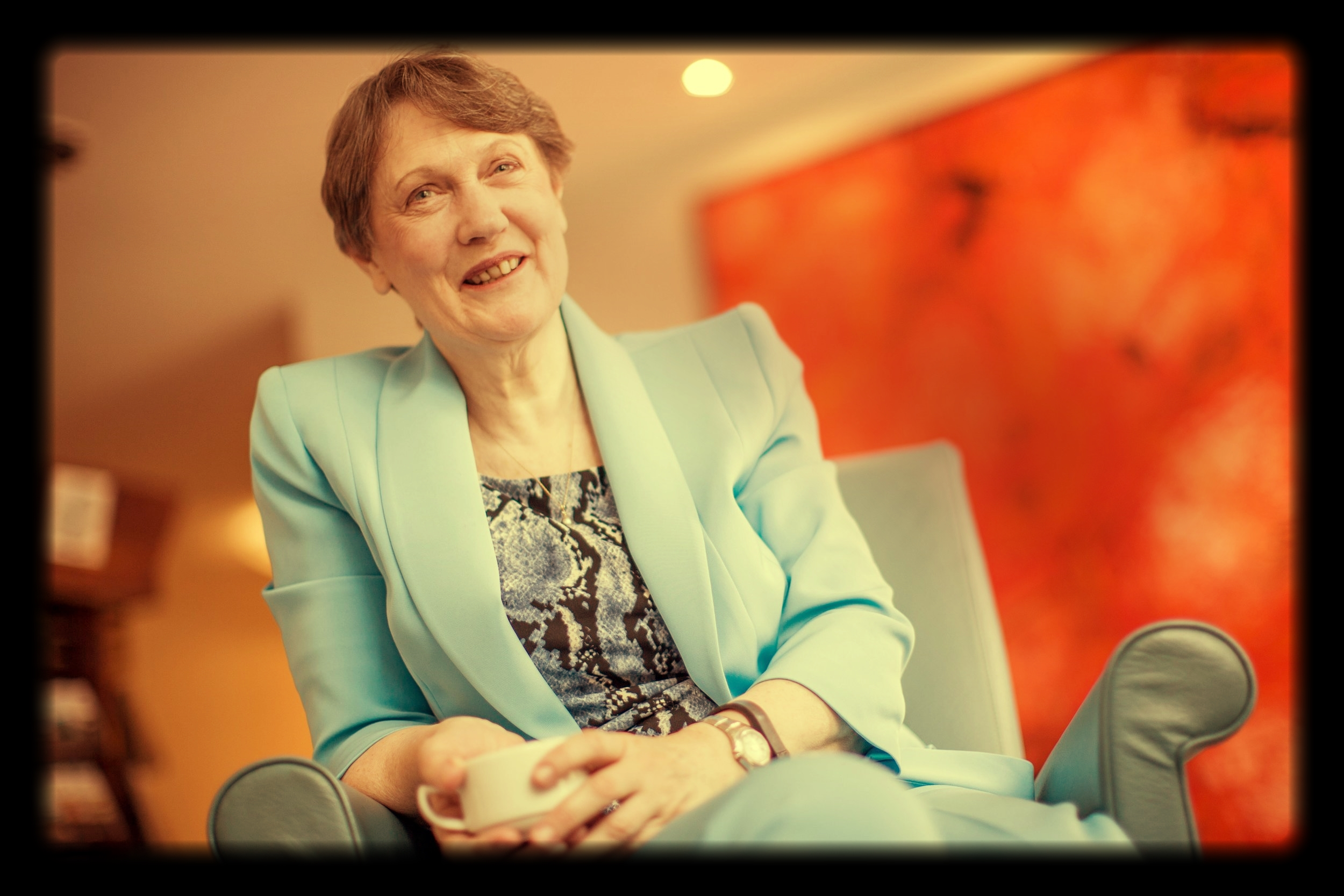 """The wisdom of Susan David's innovative insights is only made more impressive by its practicality.  Her deep understanding of psychology is matched with clear, real-world steps to more effective leadership.""     HELEN CLARK - 37th PRIME MINISTER OF NEW ZEALAND; HEAD, UN DEVELOPMENT PROGRAM"