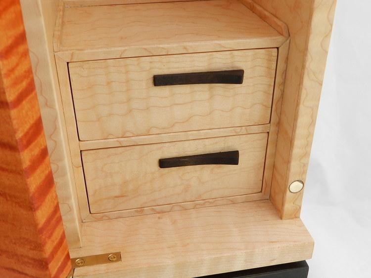 drawerplusdetail