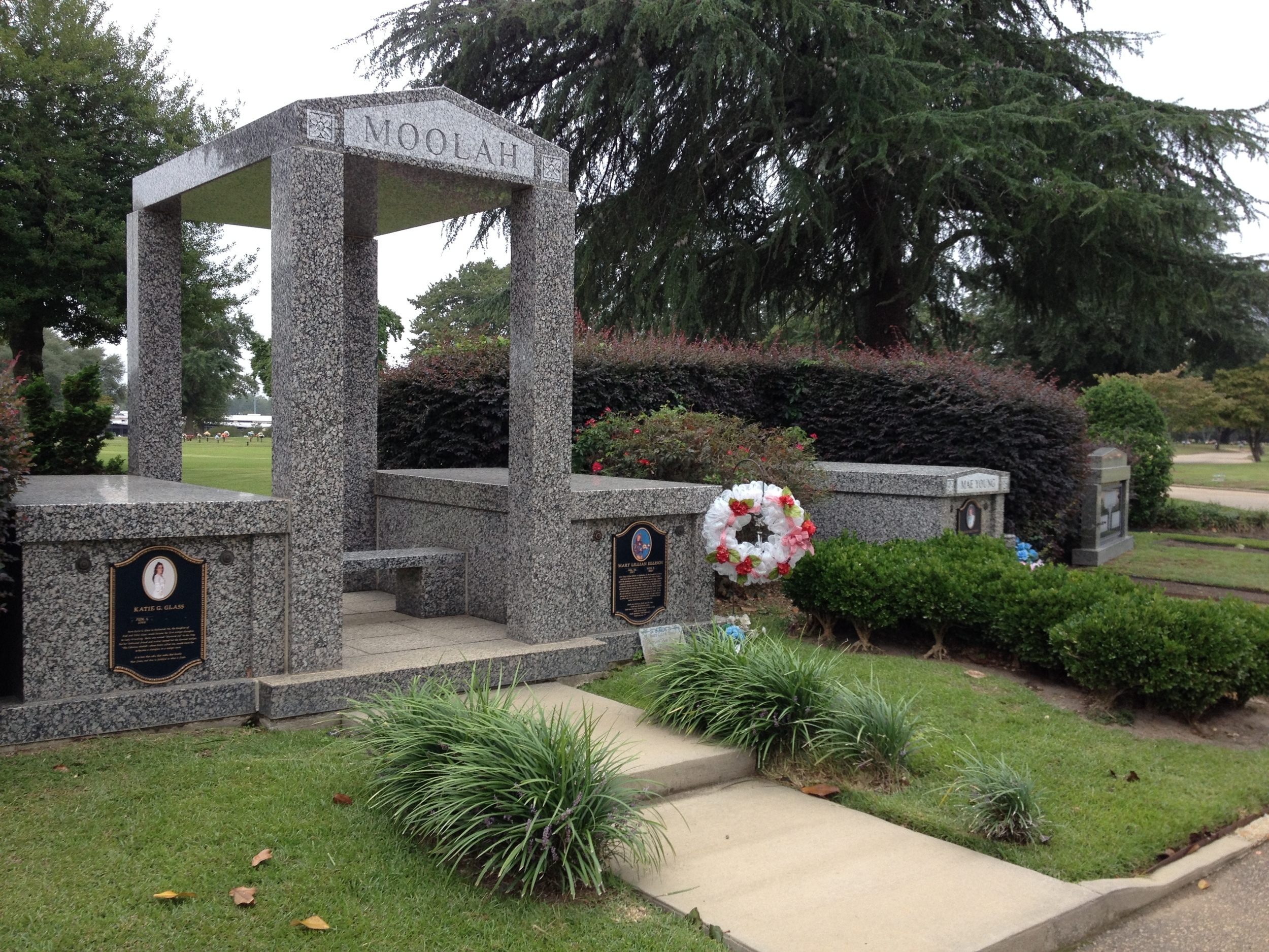 Grave site of legendary professional wrestlers Mae Young and The Fabulous Moolah. Greenlawn Memorial Park - Columbia, SC