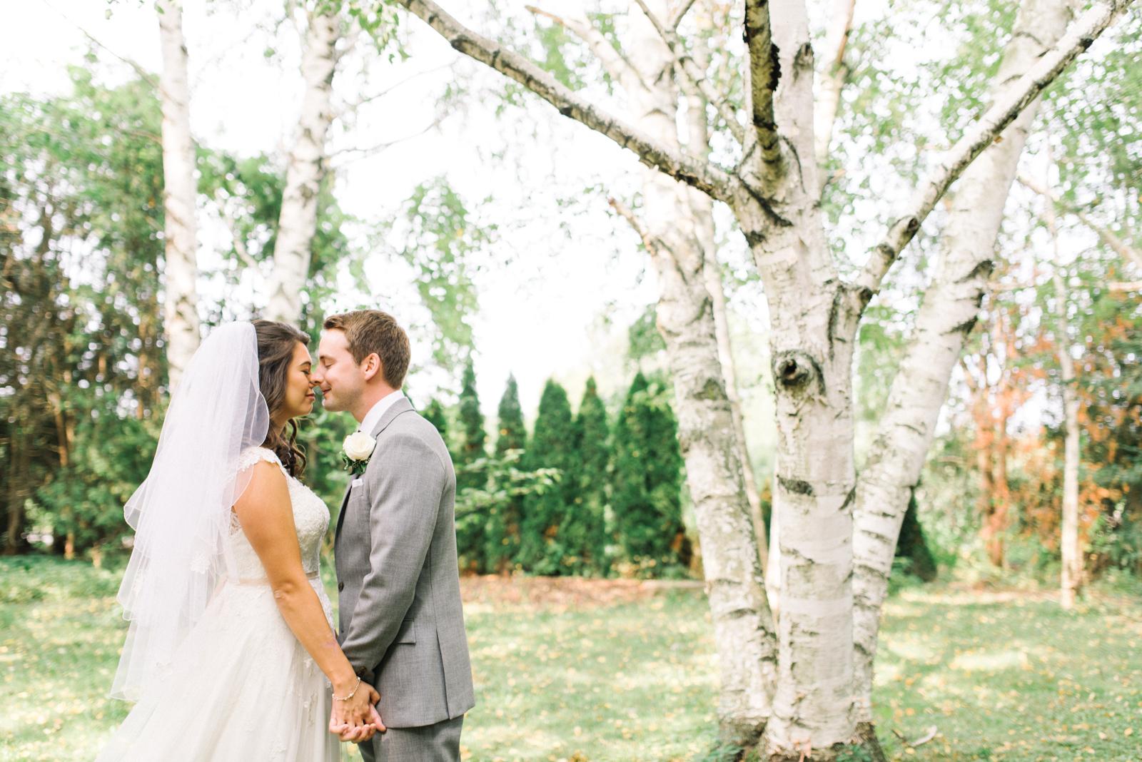 Honsberger Estate Wedding   Hamilton & Destination Wedding Photographer