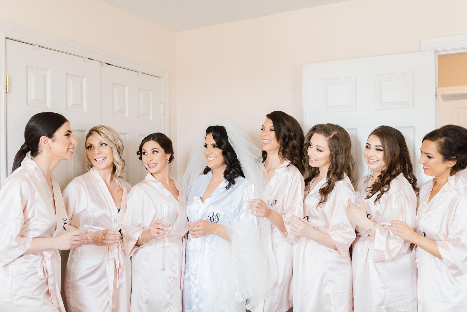 Wedding Photographers in Niagara Ontario