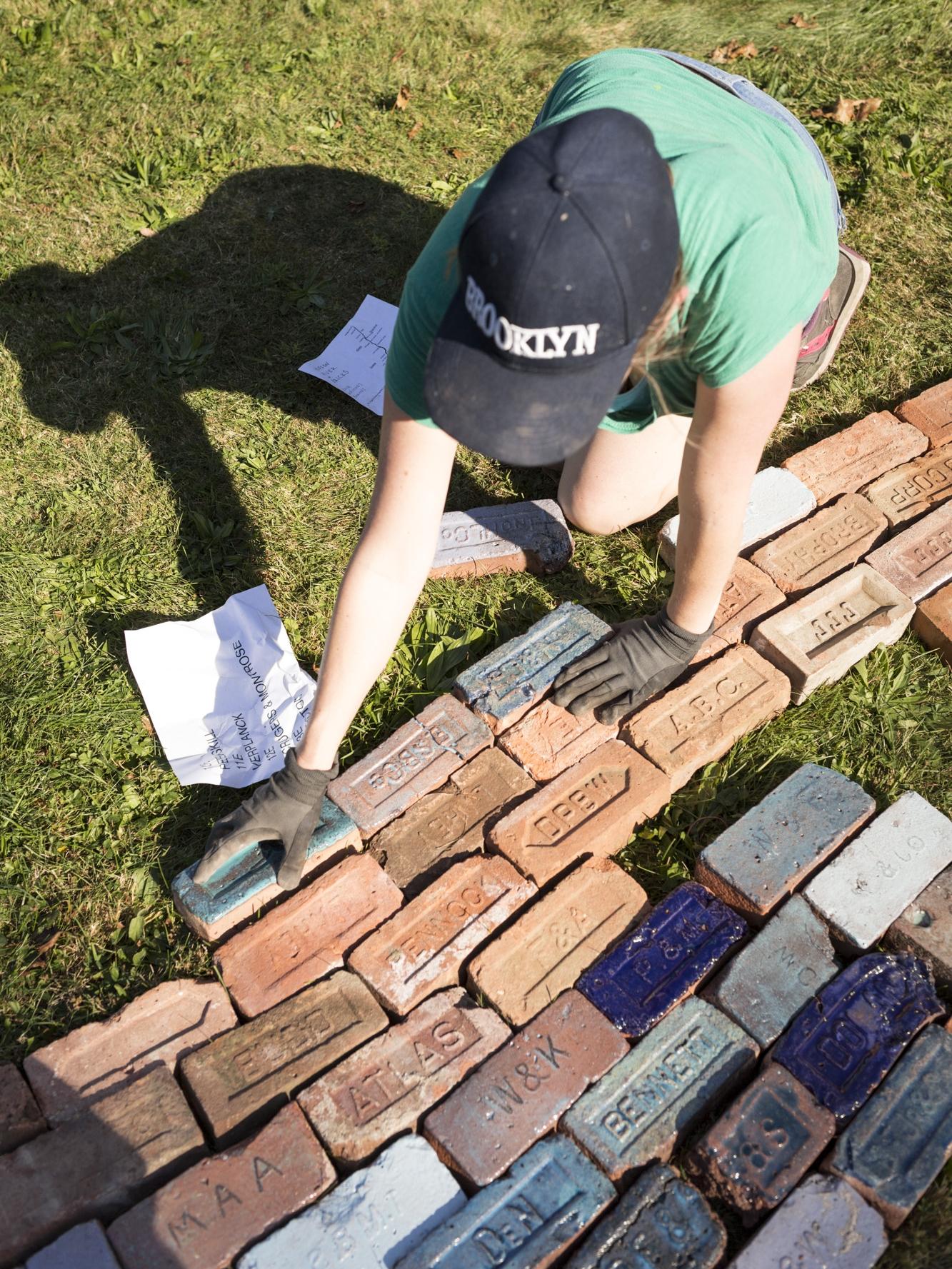 Hudson River of Bricks - process