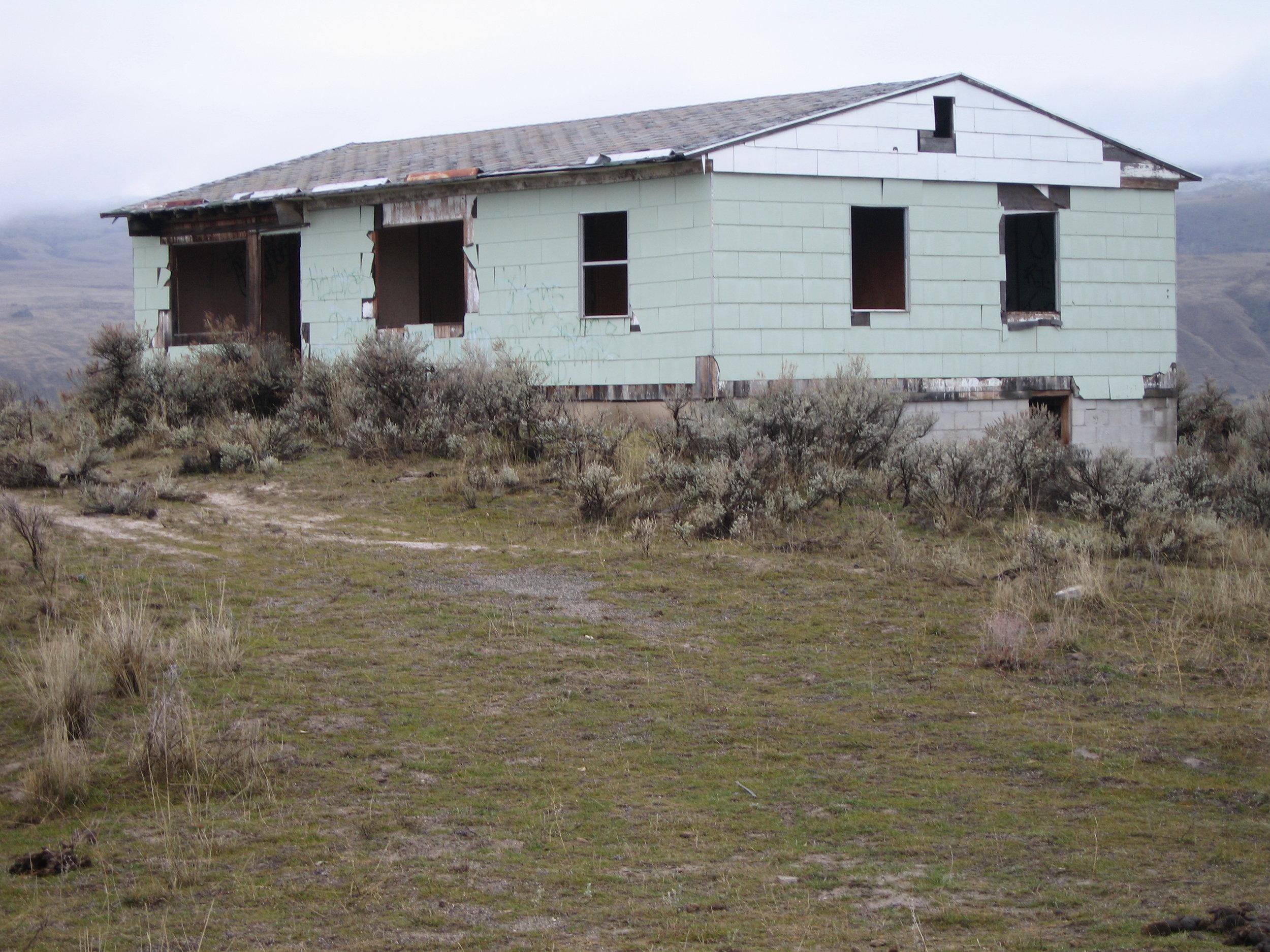 Derelict Housing 02.jpg