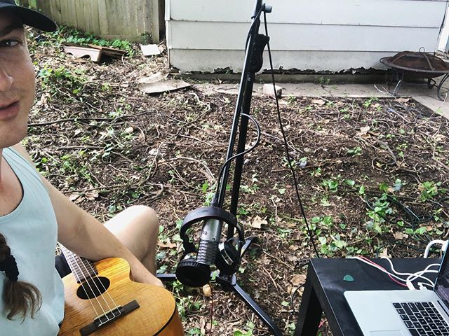 Made an easter egg in the back yard with da uke #uke #ukulele #counttutu #summer #recording #aston #astonmicrophones #apollo #universalaudio #ua #songwriter #outside #braid