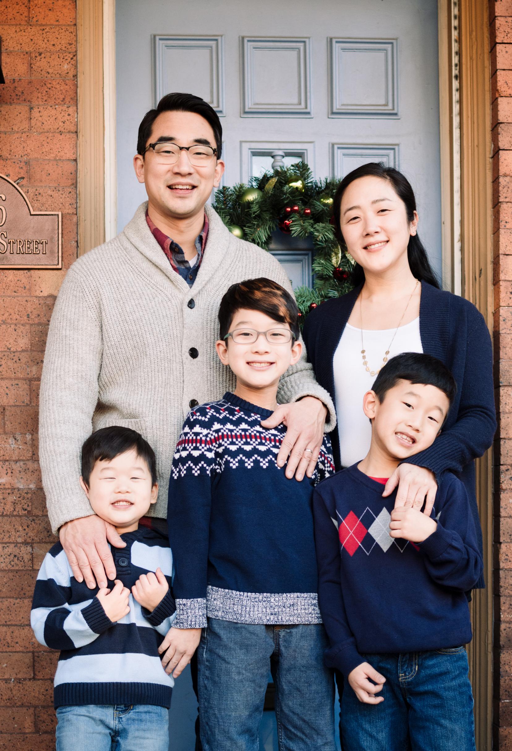 Yoo Family Holiday Portraits