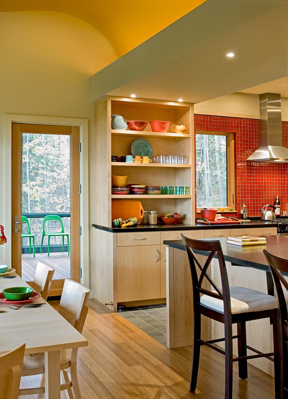 06 Kitchen detail showing curve.jpg