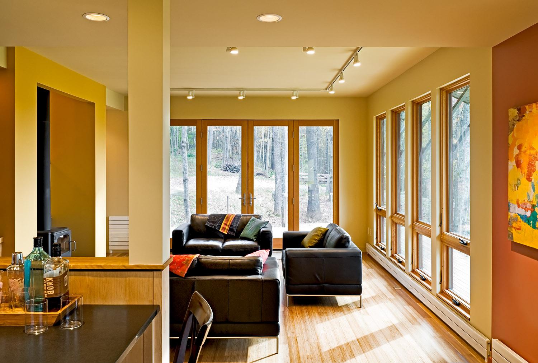08 Living room overall.jpg