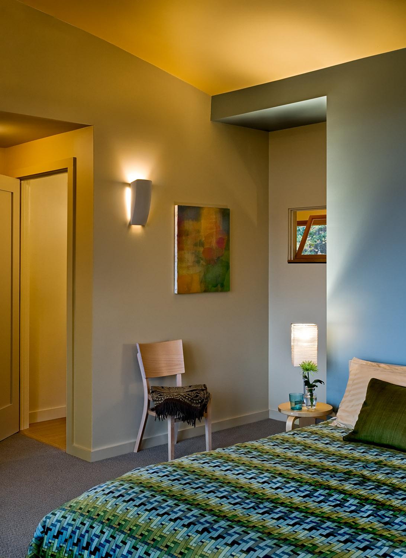 15 Master bedroom detail.jpg