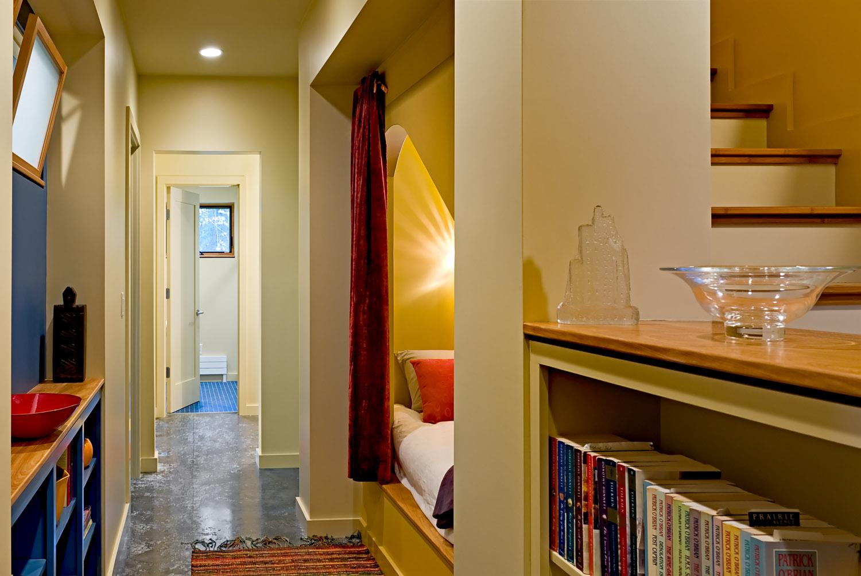 16A Downstairs hallway.jpg