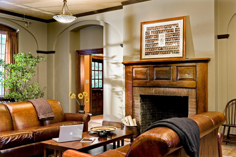 04B Smith and Vansant 09_20091007_Zeta living room with fireplace.jpg