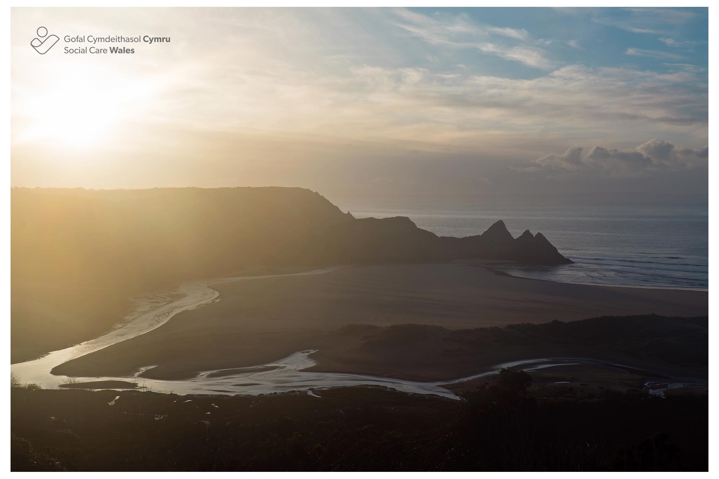 Three Cliffs Bay Panorama, Western Bay.jpg