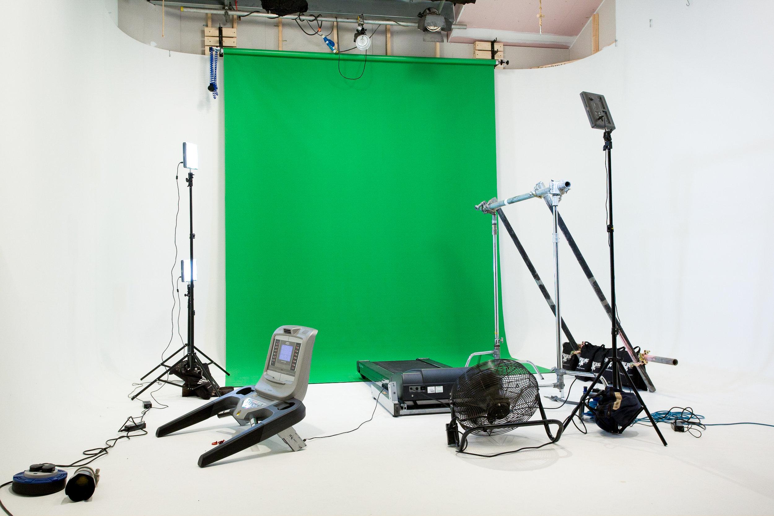 Ossur Behind the Scenes-120.jpg
