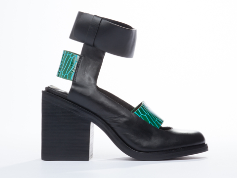 I-Desire-The-Things-That-Will-Destroy-Me-shoes-Matcha-(Green-Blue-Black)-010604.jpg