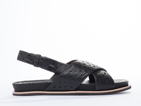 I-Desire-The-Things-That-Will-Destroy-Me-shoes-Oolong-(Black)-010604.jpg