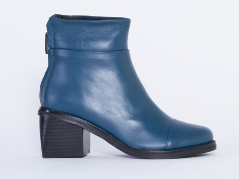 YES-shoes-Babs-(Blue)-010604.jpg