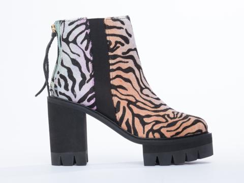 YES-shoes-Paula-(Rainbow-Zebra)-010604.jpg