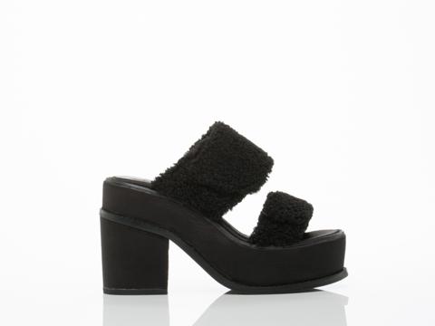 YES-shoes-Yachats-(Black-Black-Sherpa)-010604.jpg