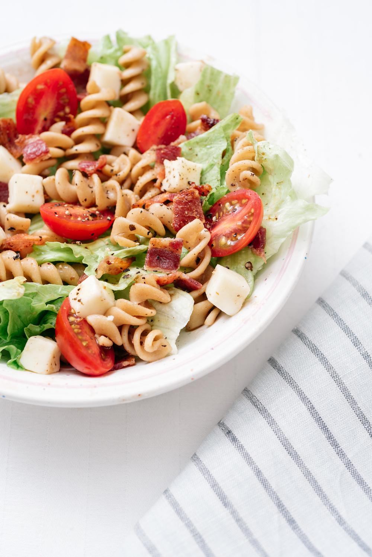 Healthy BLT Salad 2.jpg